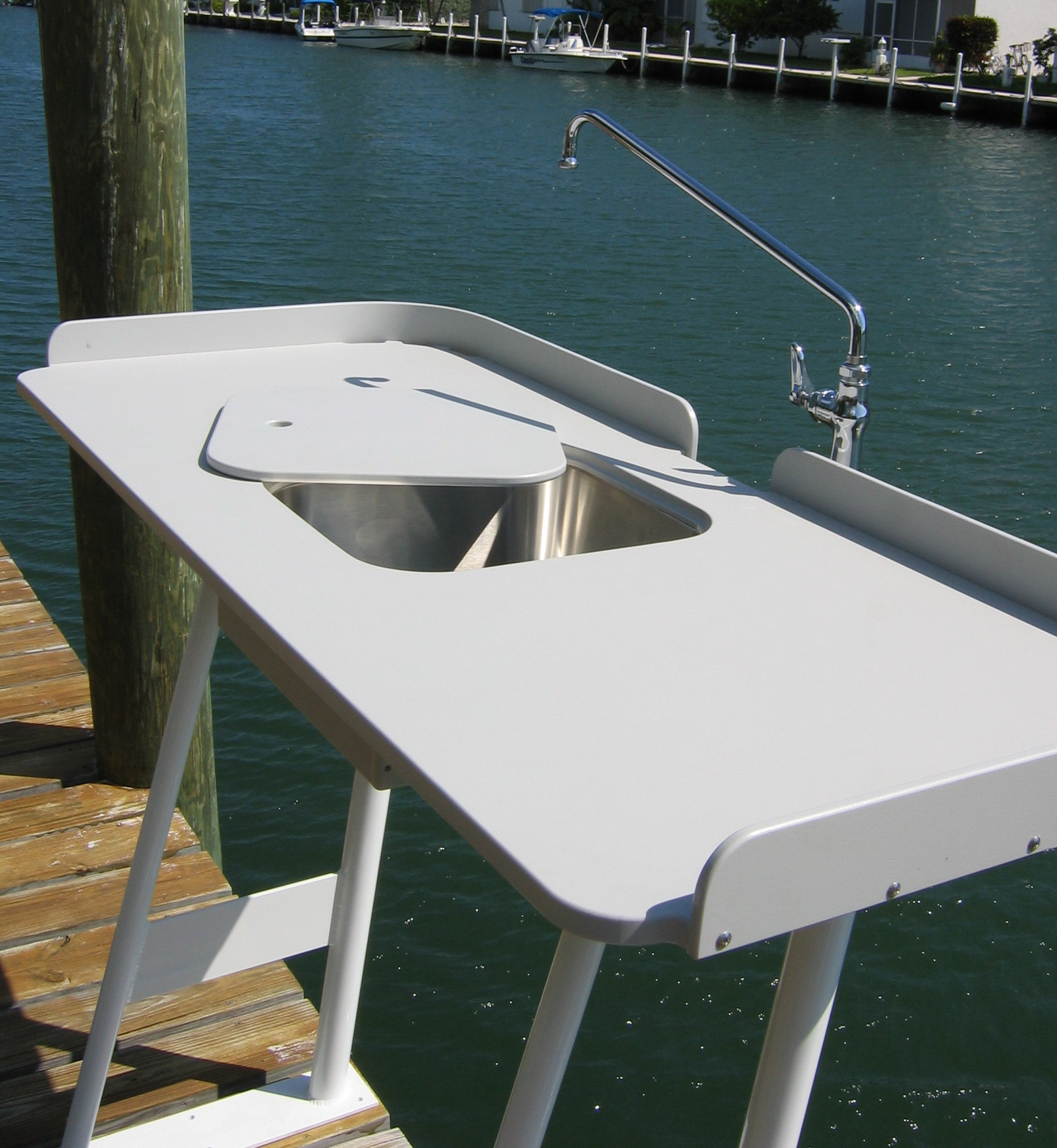King starboard fish cleaning station 54 x 23 top for Dock fish cleaning station