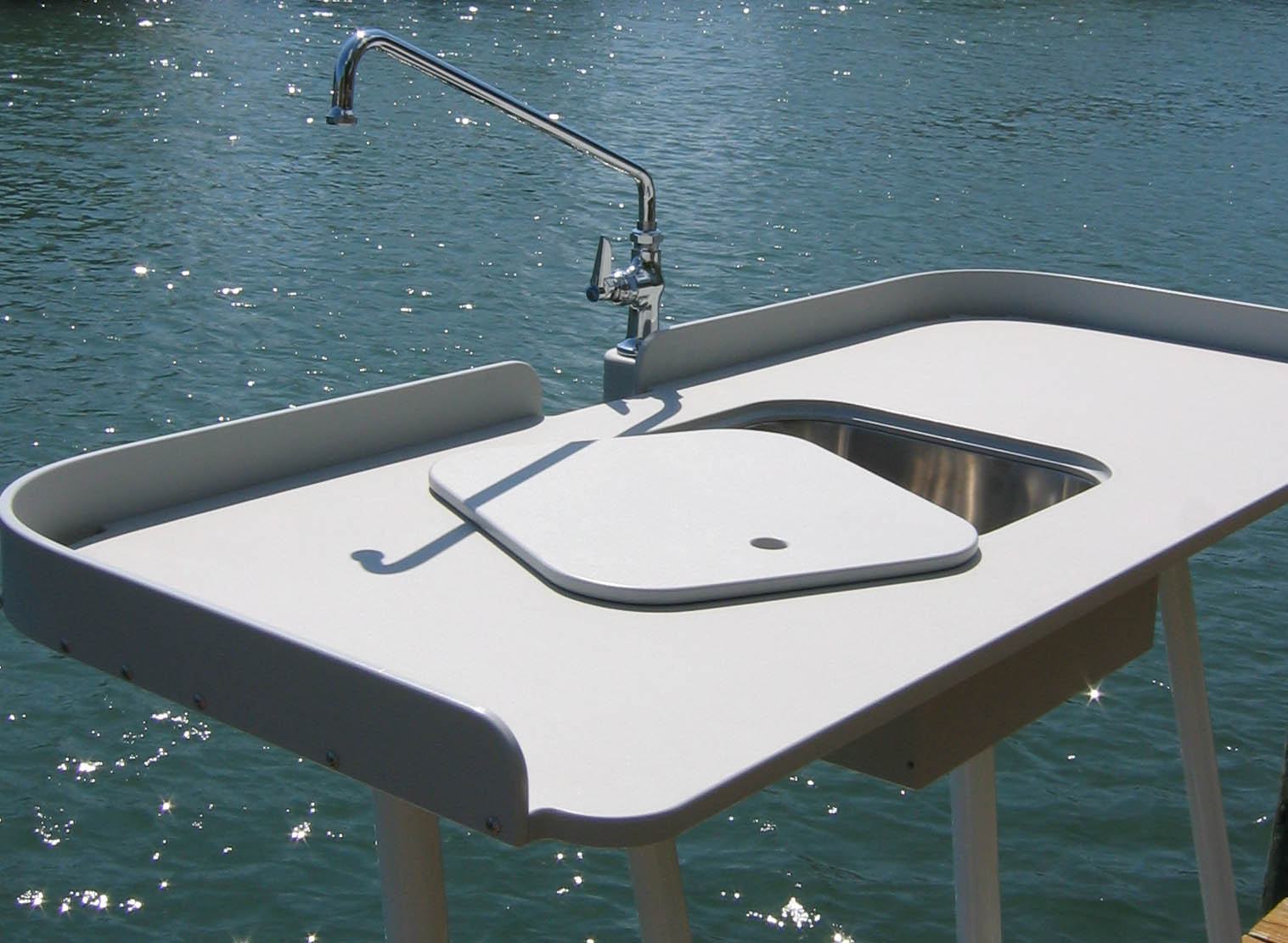 King Starboard Fish Cleaning Station -- 54 U0026quot  X 23 U0026quot  Top -- Welded Aluminum Base