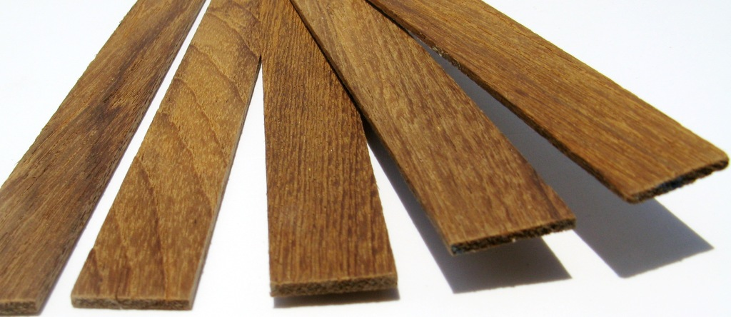 Solid Teak Veneer Strips 1 16 1 8 Thick 1 2 3 4 7 8 Wide 3 Lengths