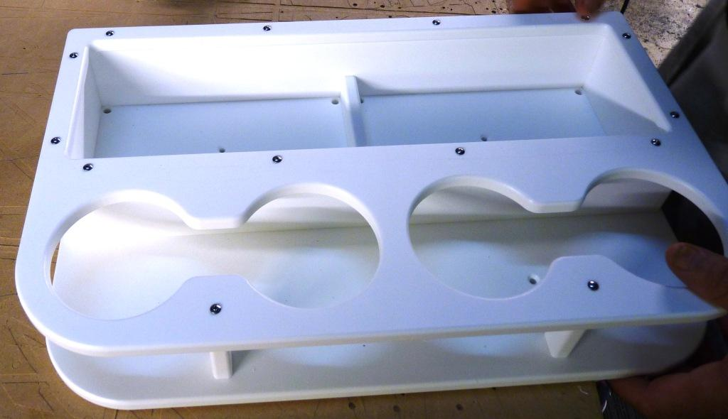 4 drink holder -- top panel assembled